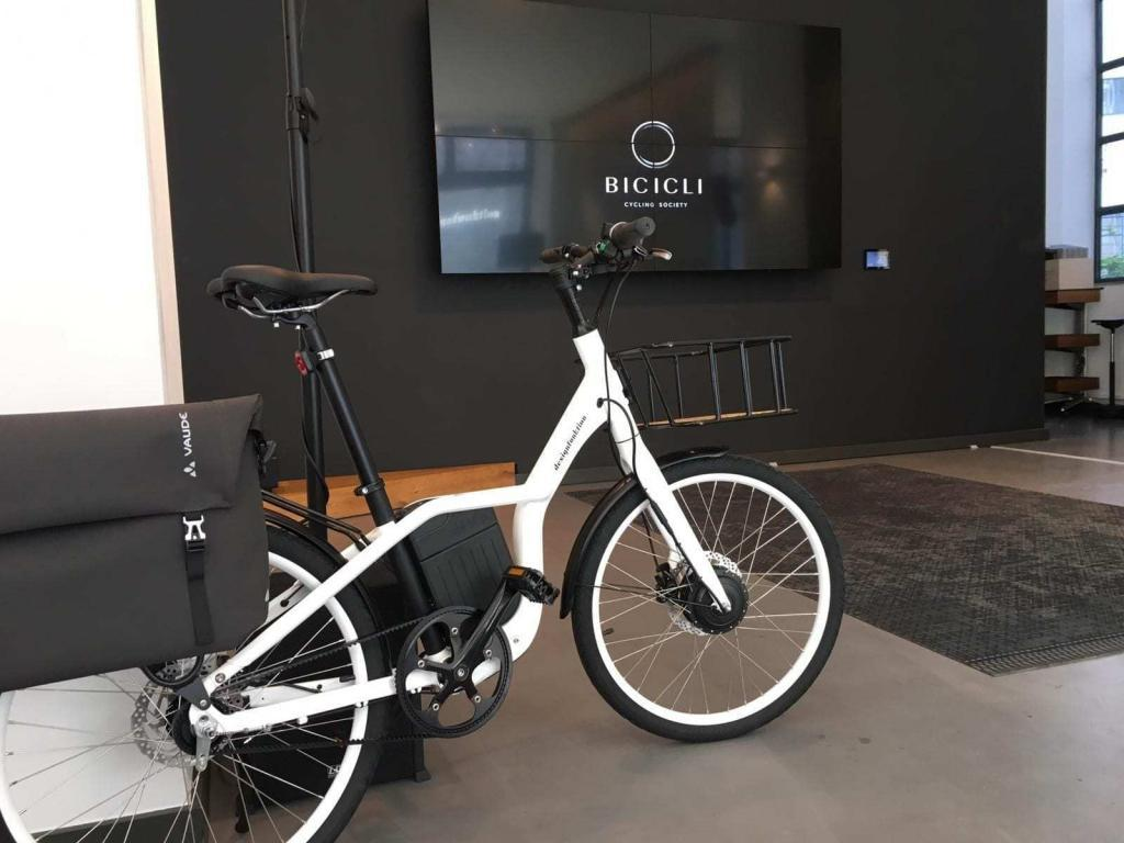 Bicicleta poco espacio