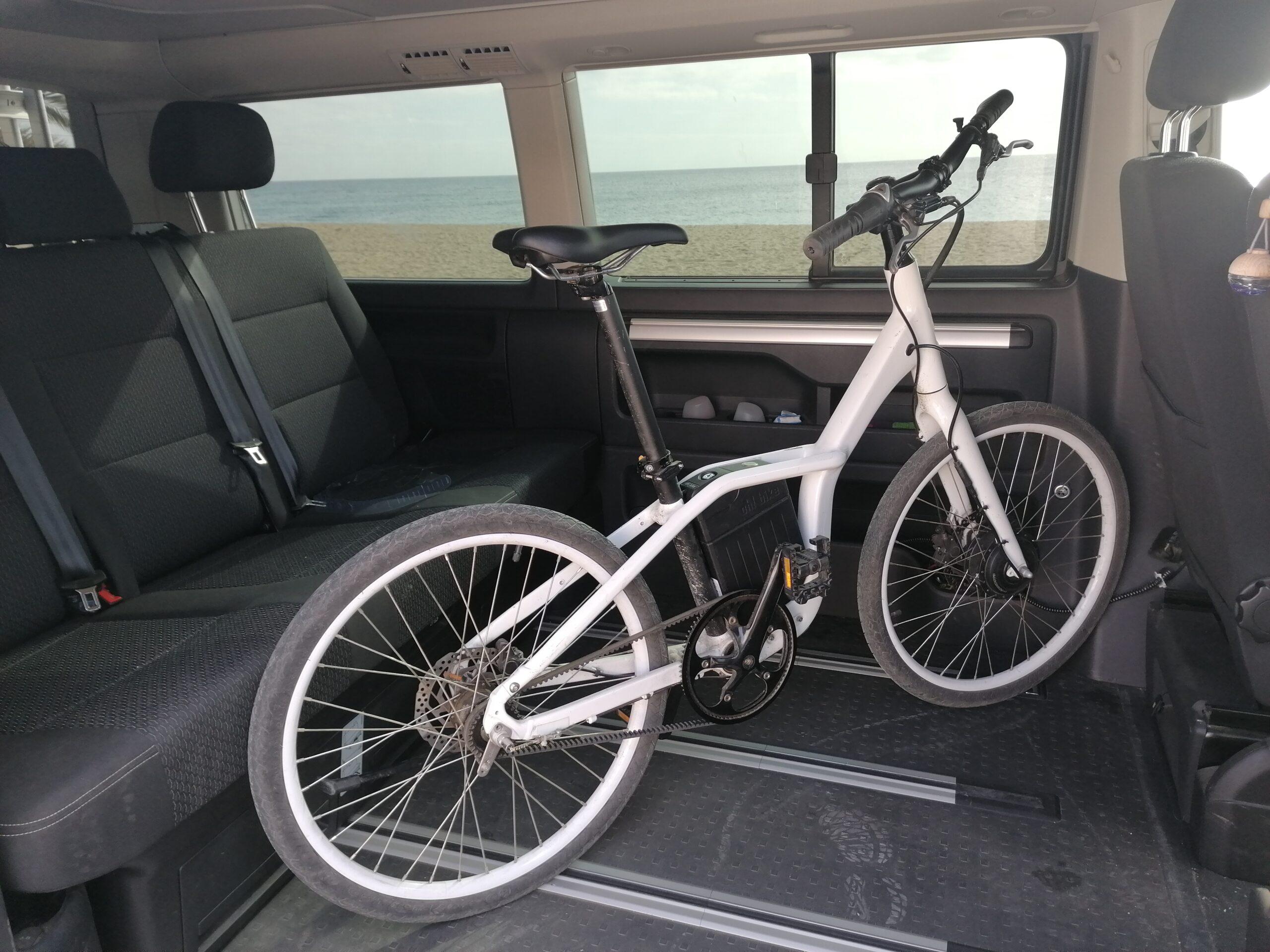 Cómo llevar la bicicleta en la furgoneta